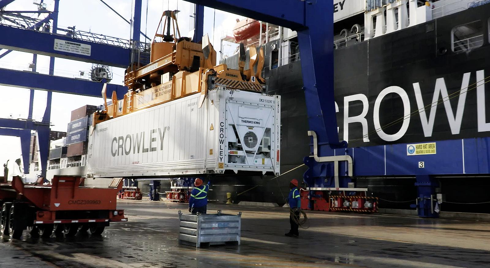 Crowley-Logistics-ConRo-Reefer-San-Juan-1016Cision.png