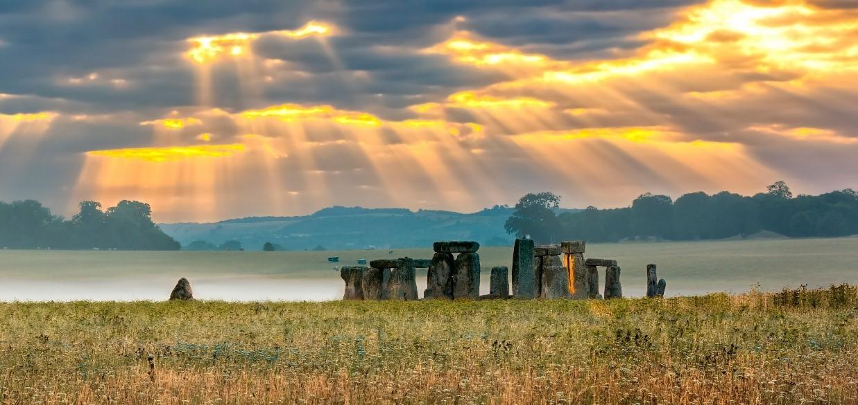 Stonehenge - small.jpg