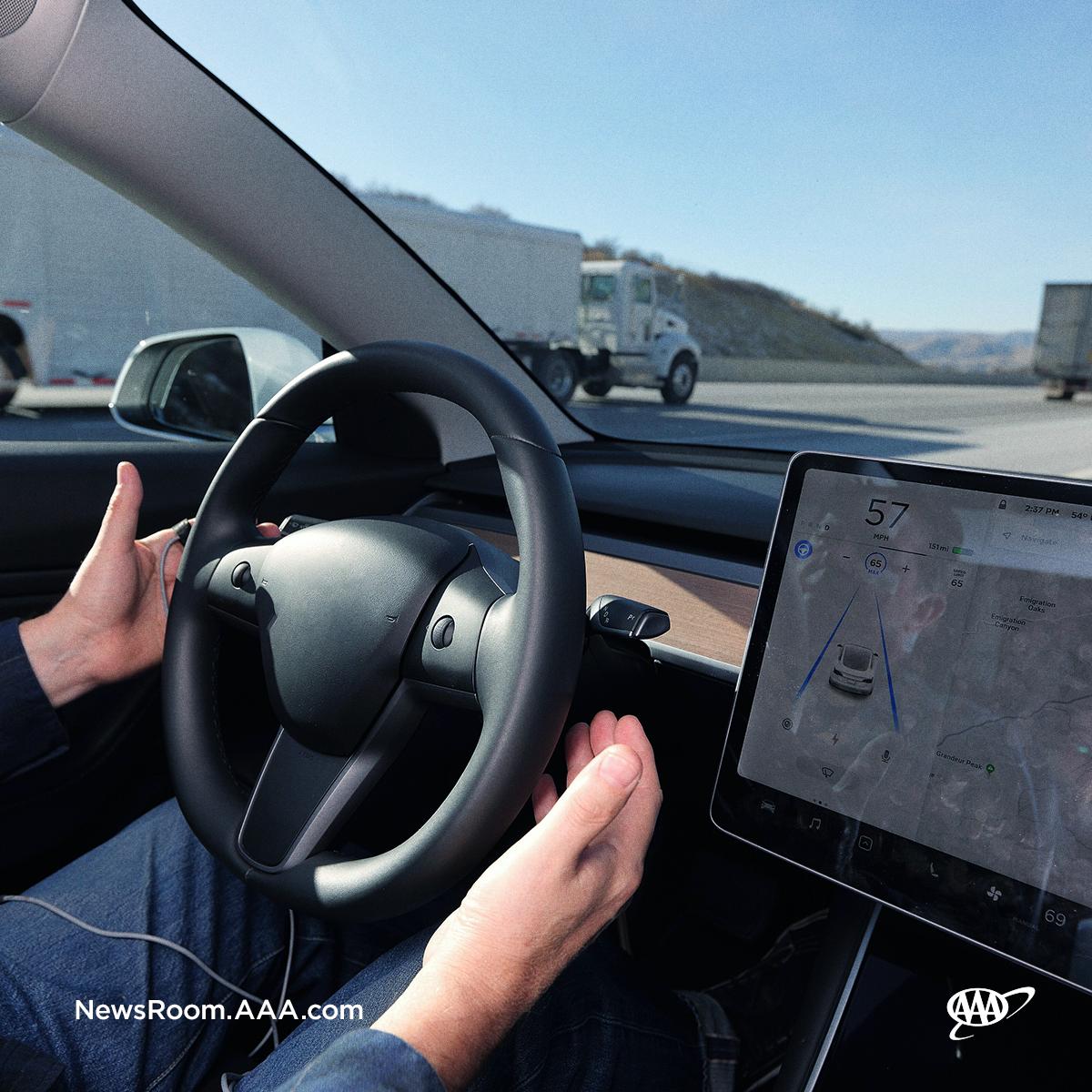 FTS_Consumer Understanding_hand off wheel.png