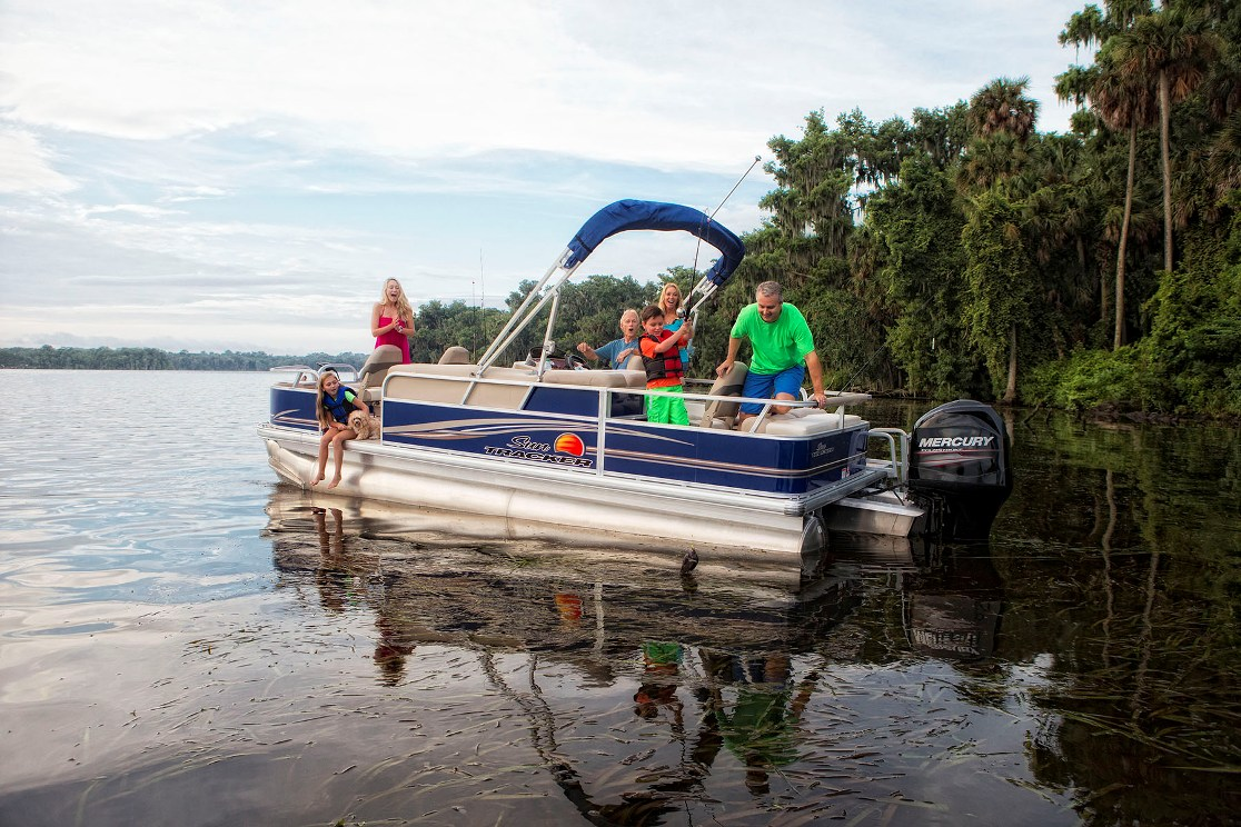 bass pro shop pontoon boats