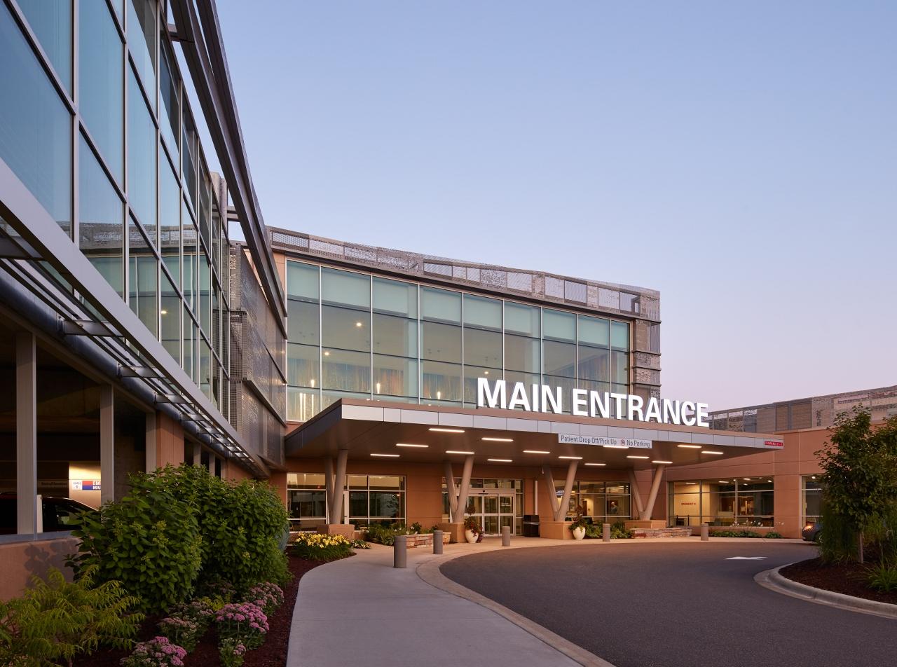 Mercy Hospital Entrance (1280x952).jpg